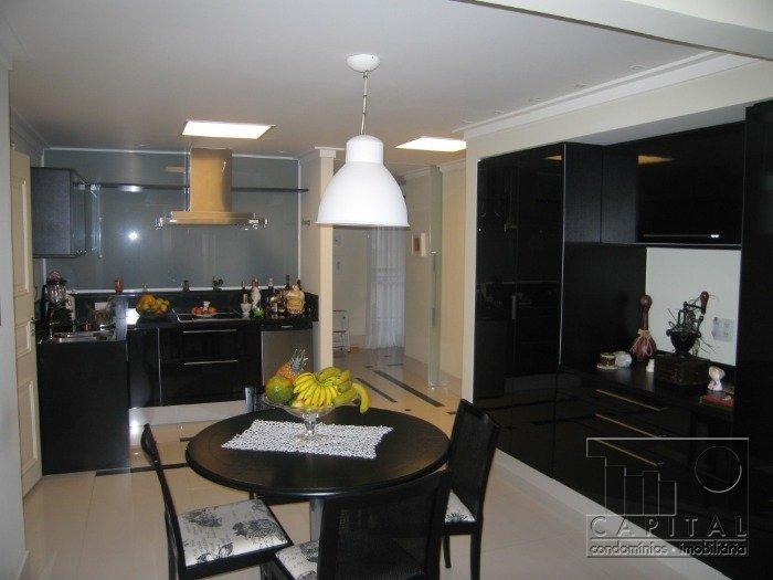 Imóvel: Capital Assessoria Imobiliaria - Apto 4 Dorm