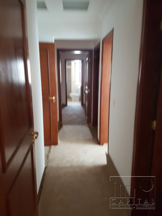 Apartamentos de 3 dormitórios à venda em Alphaville Industrial, Barueri - SP